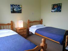 Chambre à deux lits au rez de chaussée